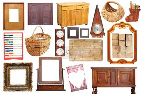 Photo pour Collage avec des objets anciens en bois isolés sur fond blanc - image libre de droit