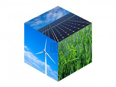 Foto de Turbina de viento, paneles solares y campos de trigo. Fotos de las energías renovables en un cubo - Imagen libre de derechos