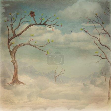 Photo pour Arbres verts et ciel nuageux - image libre de droit