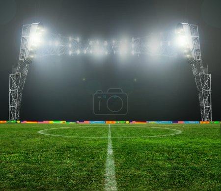Photo pour Sur le stade. Fonds Résumé de football ou soccer - image libre de droit