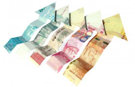 Photo pour Un groupe de cinq notes en forme de flèche représentant les cinq nations BRICS sur un fond blanc isolé - image libre de droit