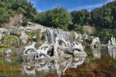 Wasserfälle Wasser Gärten des königlichen Palastes
