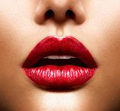 Sexy rty. krása červené rty make-up
