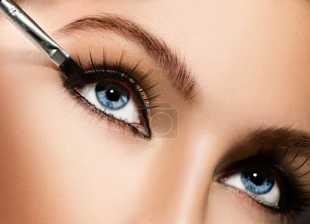 Eyeliner. Cosmetic eyeshadows