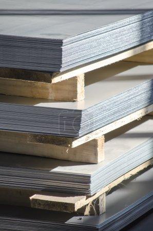 sheet metal on wood palettes