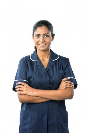 Foto de Retrato de una enfermera femenino indio feliz. aislado en blanco - Imagen libre de derechos