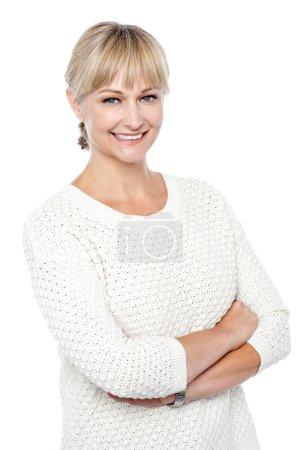 Foto de Mujer elegante moda en tejidos ropa posando en estilo - Imagen libre de derechos