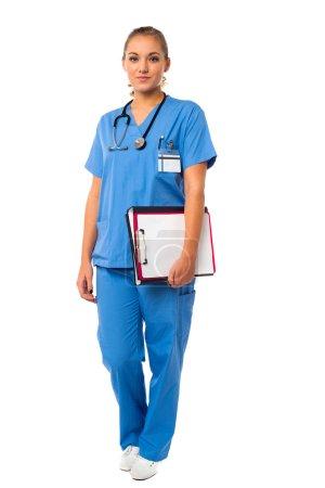 eleganter Mediziner in Uniform