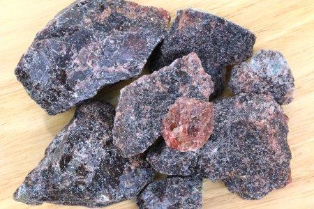 Big rock salts - Black Indian Salt crystals (Himal...