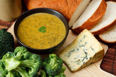 Stilton and broccoli soup