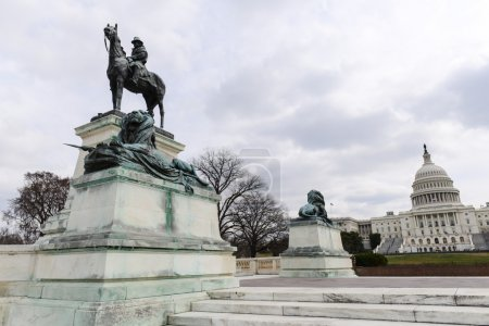 Grant Statue in front of Capitol Hill Building