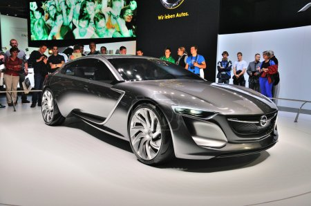 FRANKFURT - SEPT 14: Opel Monza Concept presented as world premi