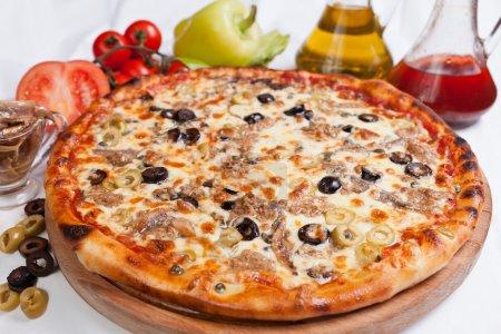 Pizza Marinara with tuna