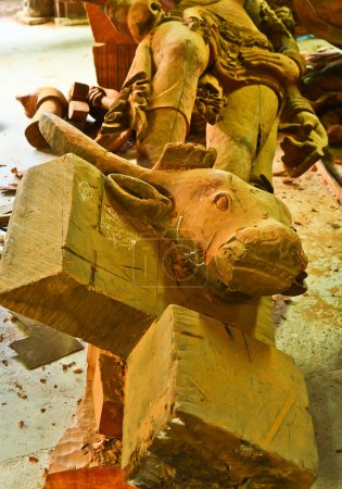 Photo pour Sculpture sur bois Thailand Chonburi - image libre de droit
