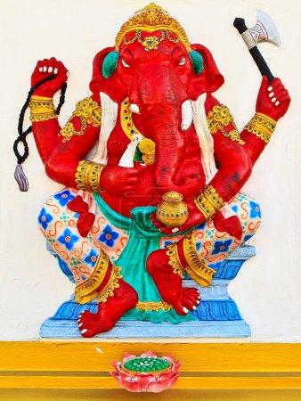 Photo pour Dieu à tête d'éléphant Chachoengsao, Thaïlande, art religieux national - image libre de droit