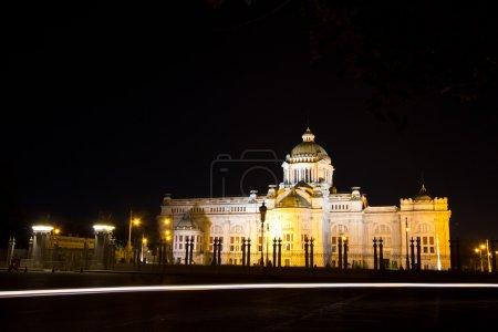 Anantasamakhom Throne Hall