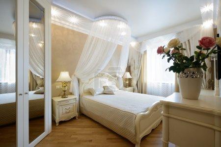 Photo pour Intérieur d'une chambre de luxe. Design exclusif - image libre de droit
