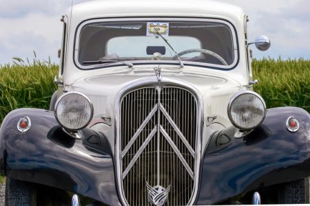 Citroen oldtimer expensive fast and