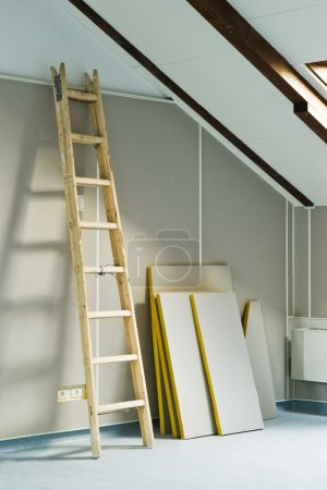 wood step ladder