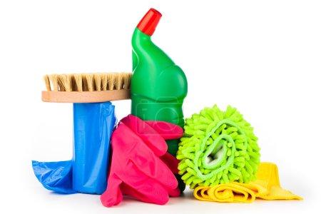 Photo pour Equipement de nettoyage isolé sur fond blanc - image libre de droit