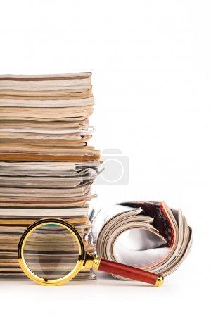 Photo pour Magasins de papier populaires isolés sur blanc - image libre de droit