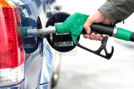 Pumping fuel