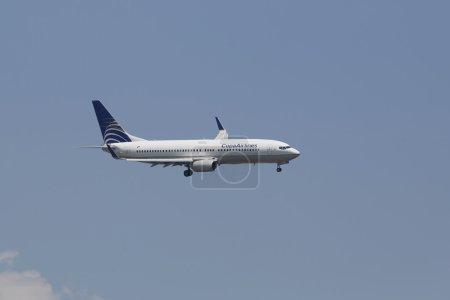 CopaAirlines Boeing 737-700 in New York sky before landing at JFK Airport