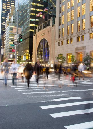 Rush hour at Fifth Avenue, New York