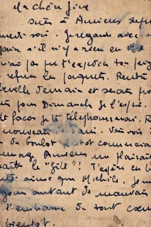 Photo pour Vieille lettre avec écriture vintage. grunge fond texturé avec du texte - image libre de droit