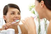 Leštění zubů