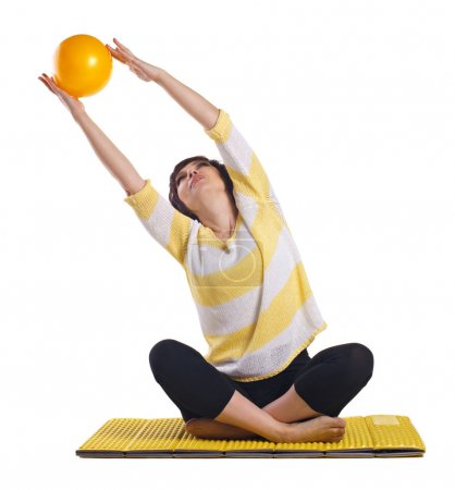 Woman doing fitness exersise