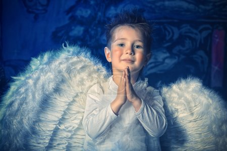 Pray angel