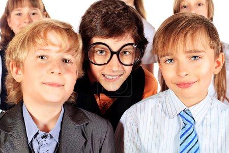 Foto de Grupo de escolares felices juntos. Educación. aislado sobre fondo blanco. - Imagen libre de derechos