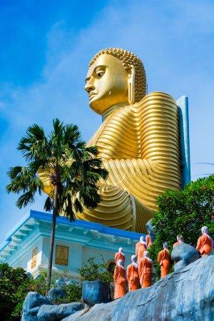 statue de Bouddha doré