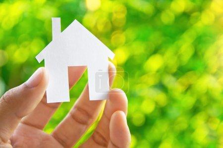 Photo pour Hand Holding Icon House, mon concept de maison de rêve - image libre de droit