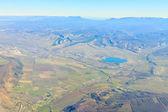 Krásný pohled z letadla na mraky a země