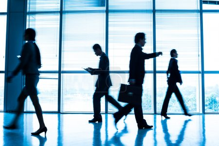Businesspeople in a rush hour