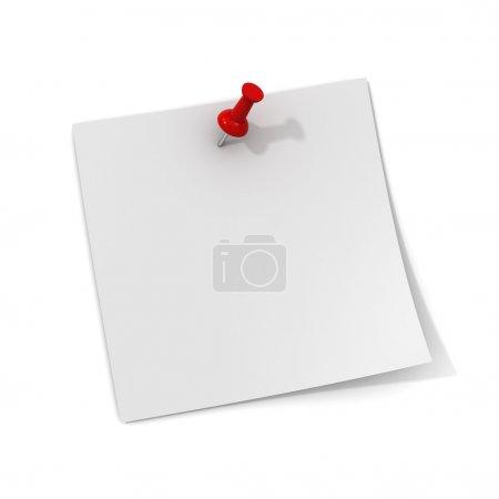 weißer Zettel mit rotem Steckstift isoliert auf weißem Hintergrund