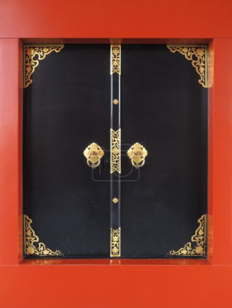 Black doorway asakusa, sensoji temple