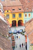 Sighisoara, Rumunsko - 17. července: letecký pohled staré město v sighisoara, hlavní turistickou atrakcí na 17 července 2014. město, v němž se narodil vlad tepes dracula
