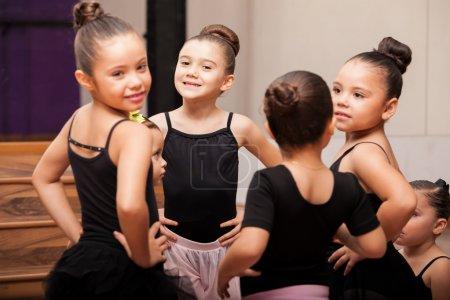 Little ballet girls