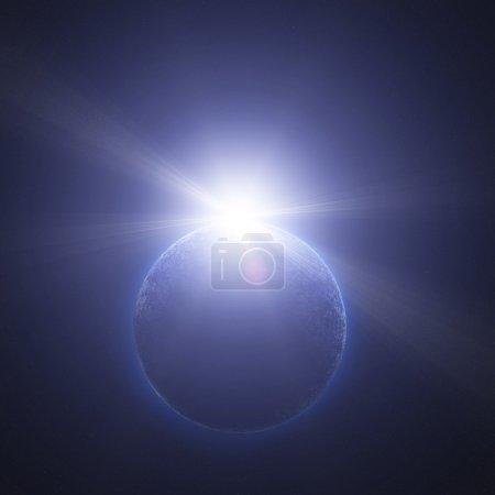 Foto de Planeta en el espacio contra el sol - Imagen libre de derechos