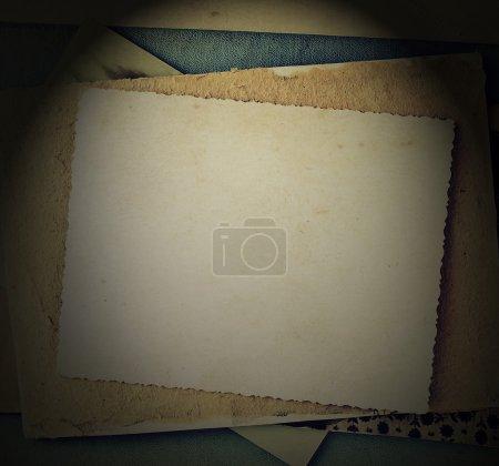 Photo pour Bacground vintage avec albums, lettres, photos - image libre de droit