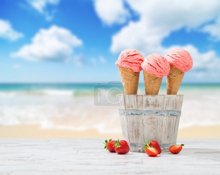 Strawberry Ice Creams