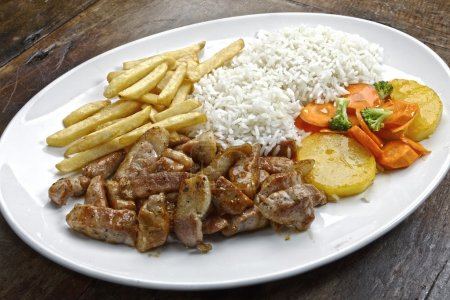 Varied dish with meat and potato