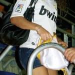 Постер, плакат: Real Madrid girl goes down