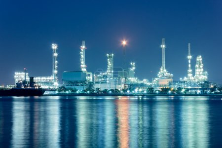 Photo for River and oil refinery factory with reflection in Bangkok, Thailand. - Royalty Free Image