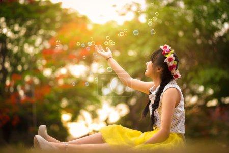 Soap bubble rain