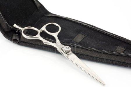 Scissors to cut hair