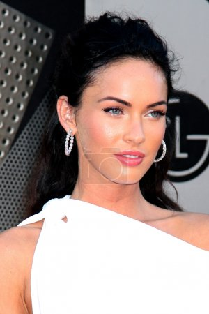 """Photo for Megan Fox arriving at the """"Transformers: Revenge of the Fallen"""" Premiere at the Mann's Village Theater in Westwood, CA on June 22, 2009 - Royalty Free Image"""